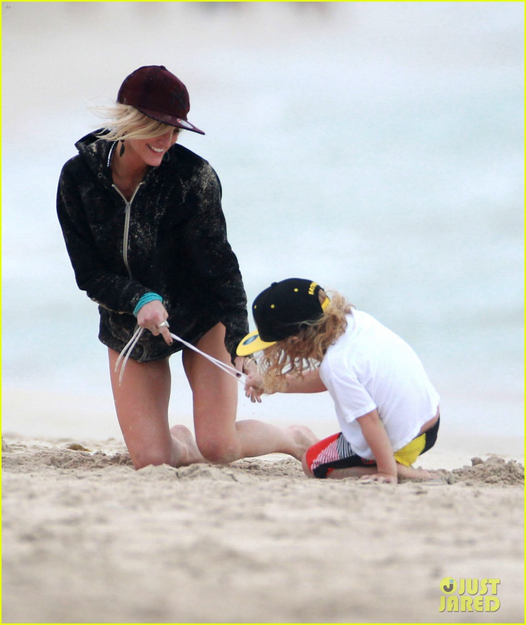 ashlee simpson bronx hawaii family vacation 02
