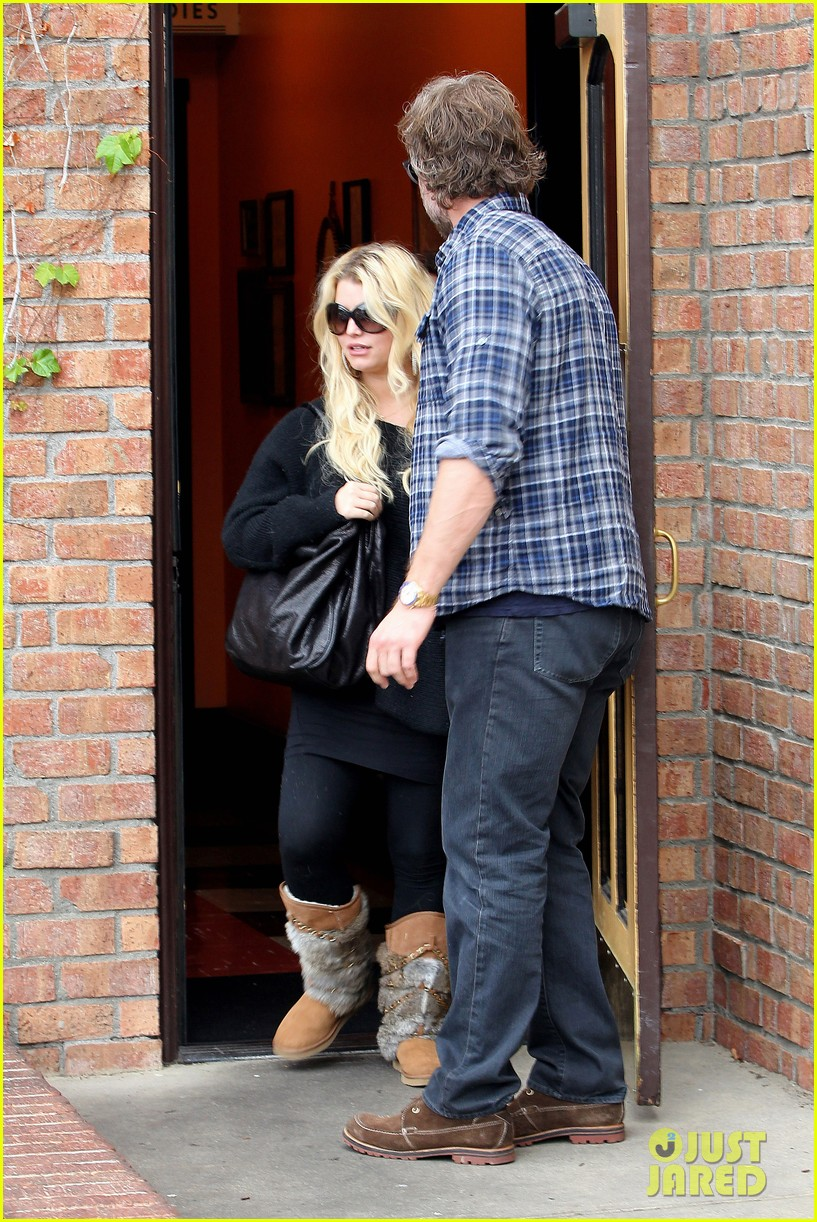jessica simpson eric johnson kings fish house lunch 18