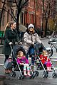 sarah jessica parker bundled up school run 03