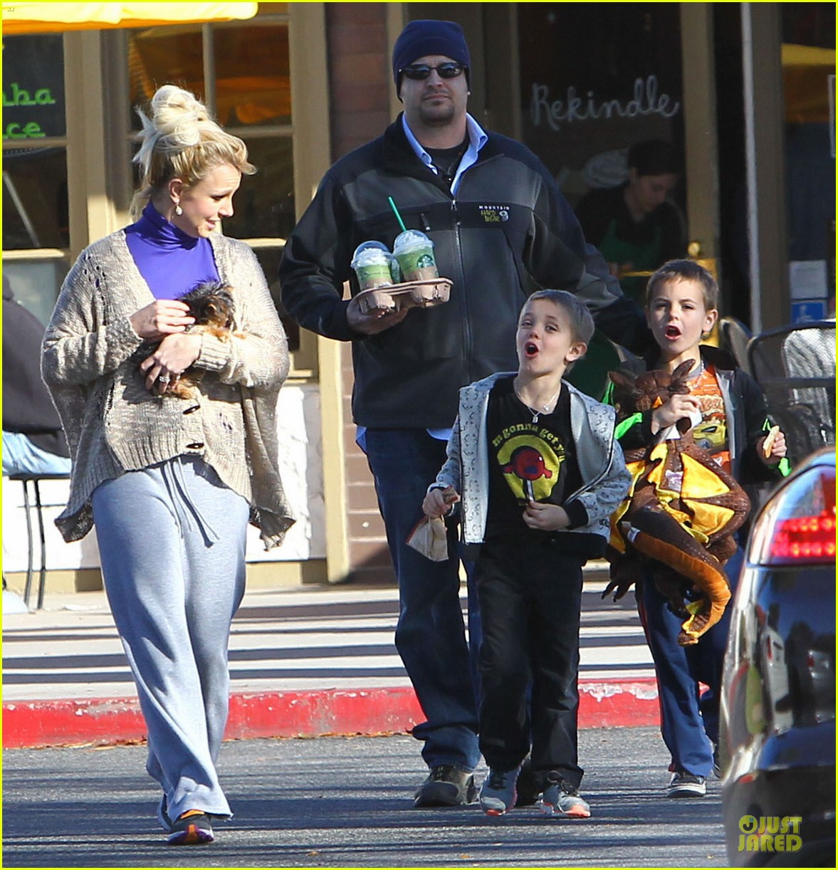 britney spears happy birthday jason trawick 09