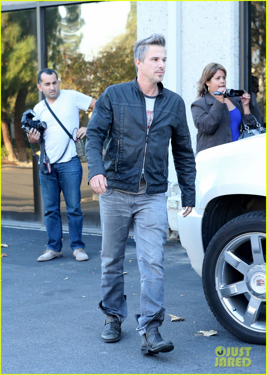 britney spears jason trawick music academy with the boys 05
