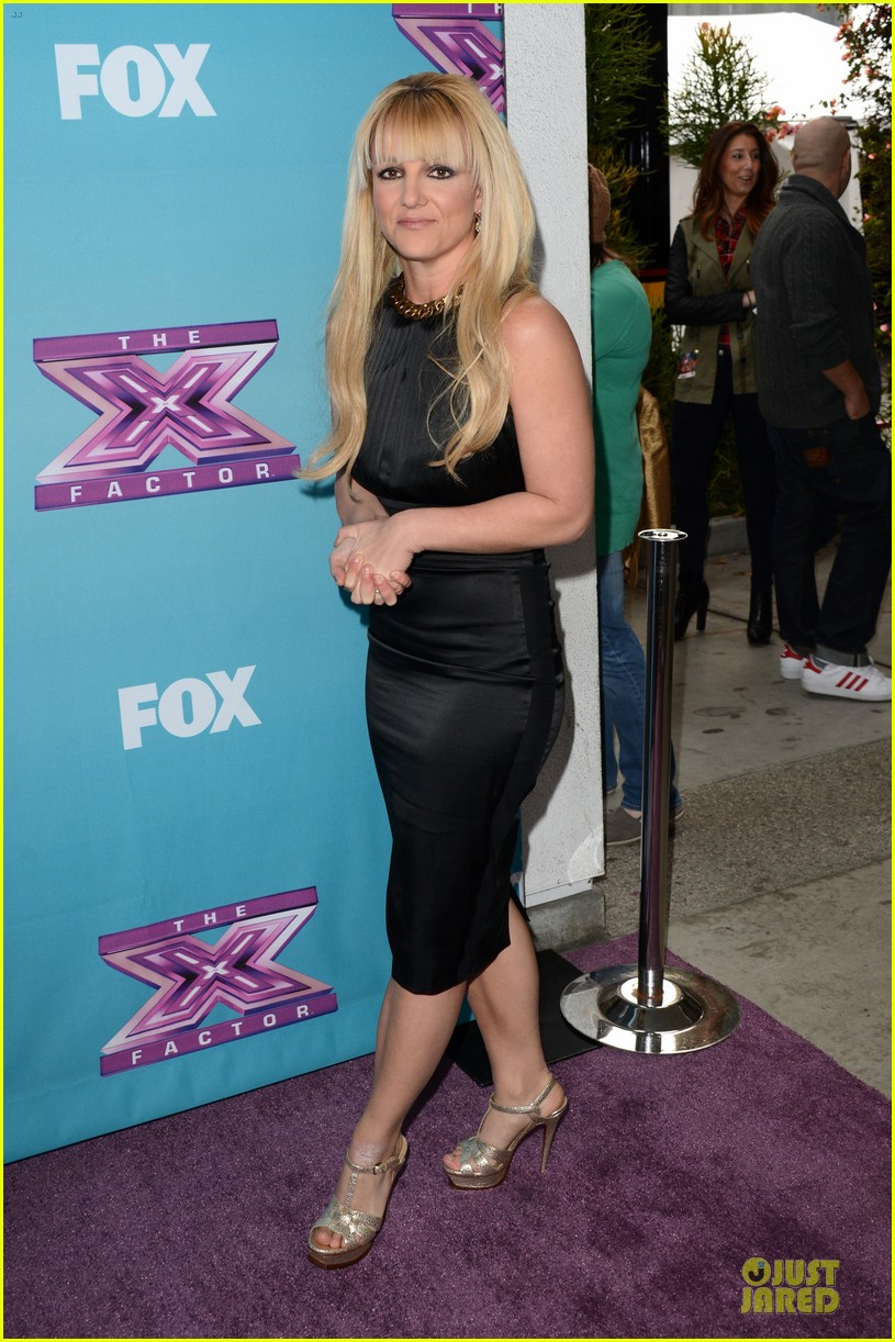 britney spears & demi lovato x factor finale conference 14