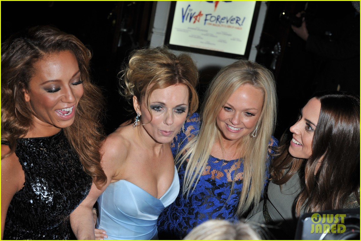 spice girls attend viva forever press night 10