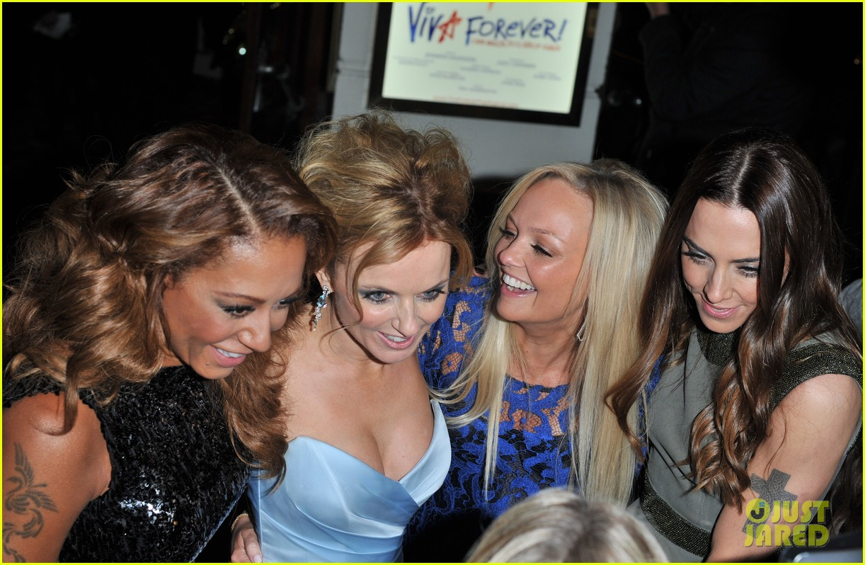 spice girls attend viva forever press night 12