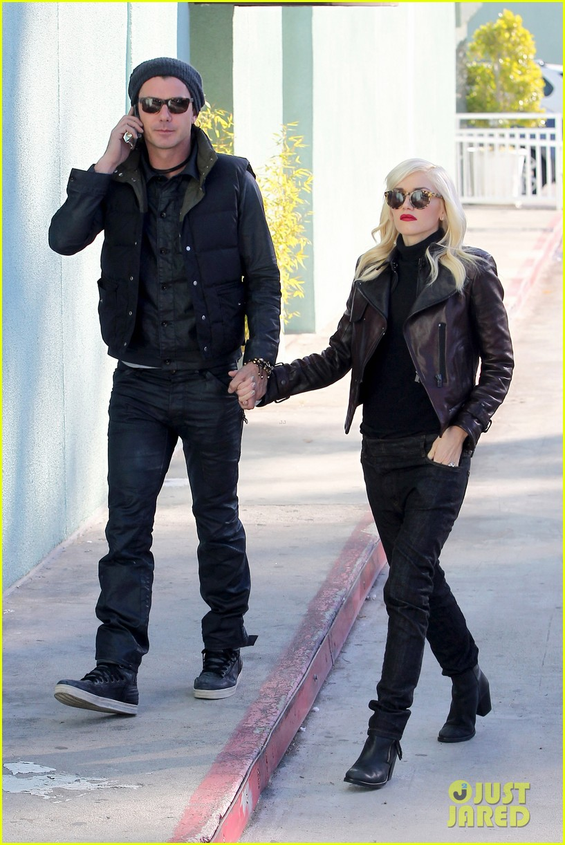 gwen stefani gavin rossdale starbucks sweethearts 01