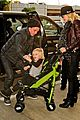 gwen stefani & gavin rossdale holiday travel with the kids 03