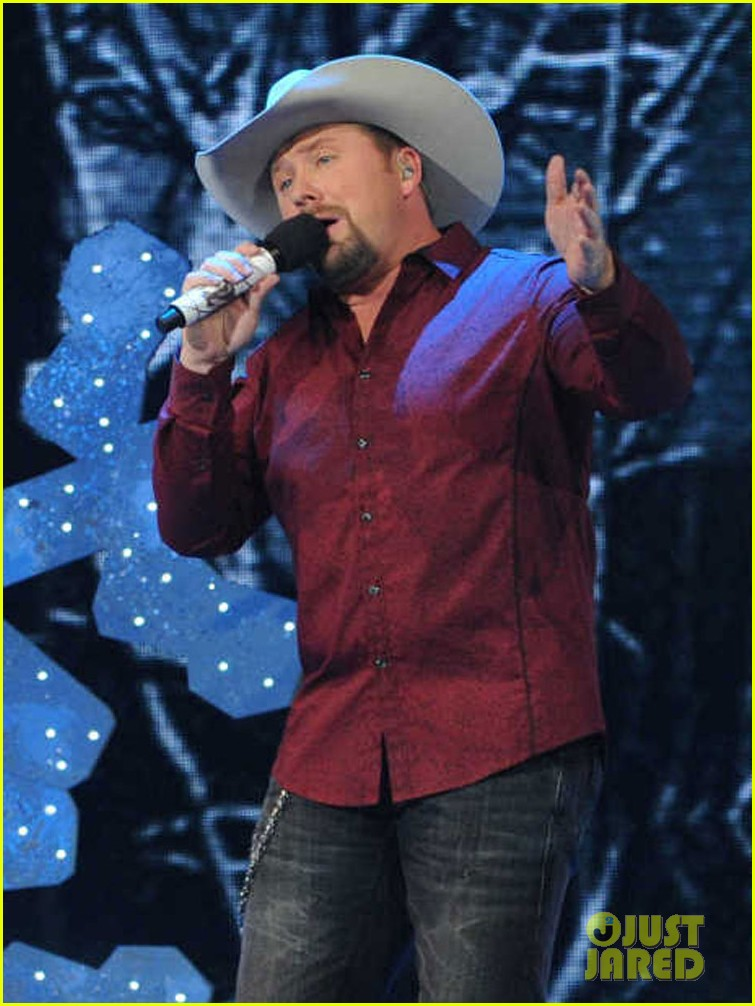 tate stevens please come home for christmas on x factor 04