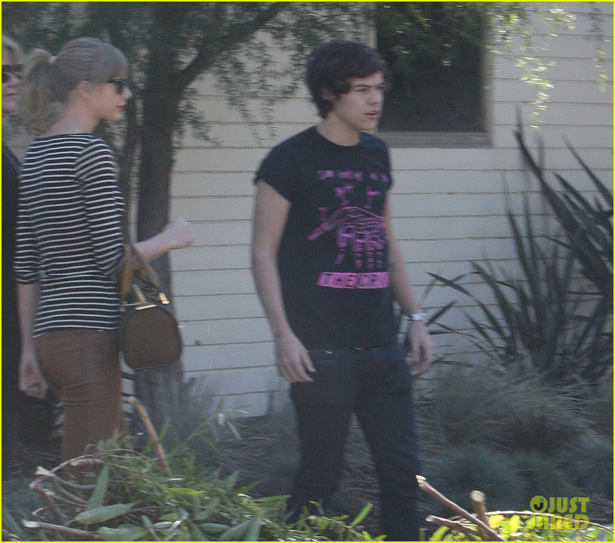 taylor swift harry styles leave her home in la 01