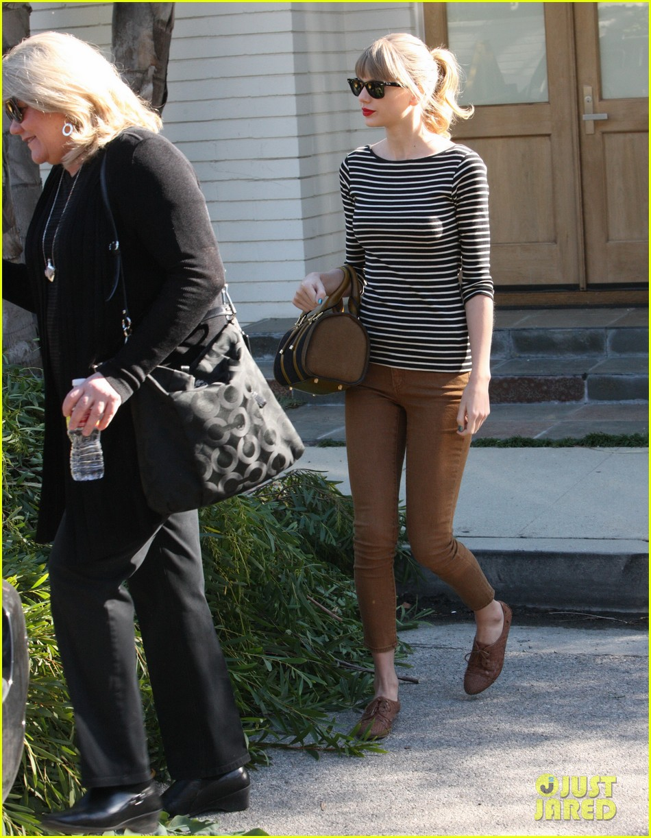 taylor swift harry styles leave her home in la 10