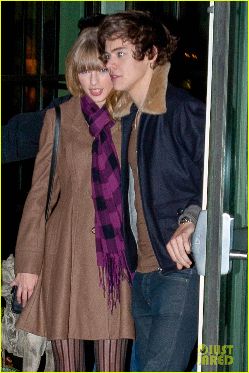 taylor swift harry styles crosby hotel exit 04