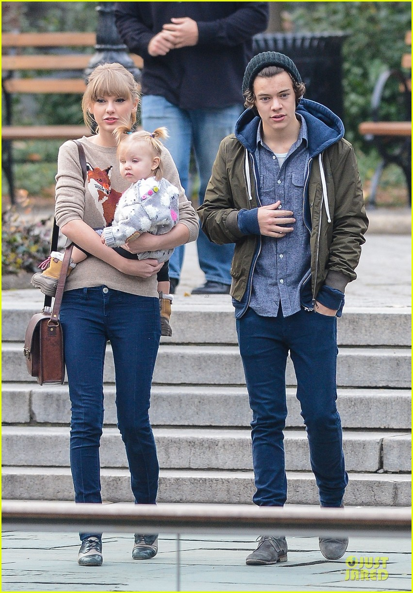 taylor swift harry styles central park stroll 03