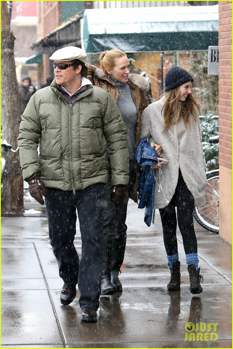 uma thurman arpad busson snow aspen stroll with maya 132780788