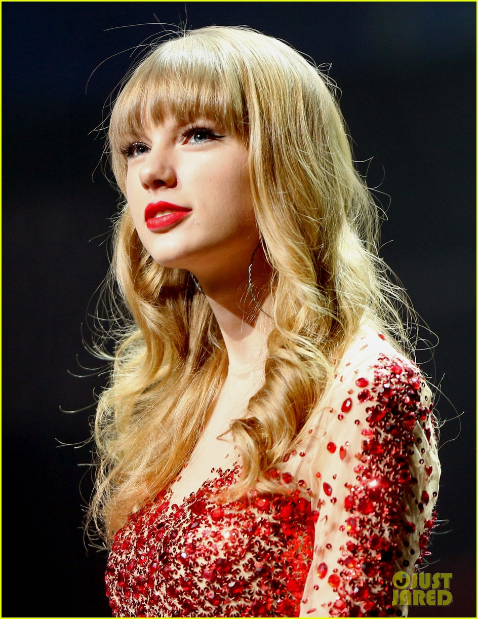taylor swift kiis fm jingle ball 17