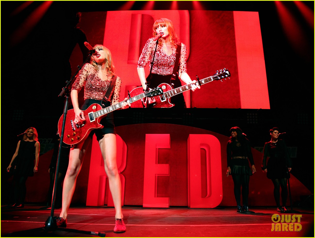 taylor swift kiis fm jingle ball 21
