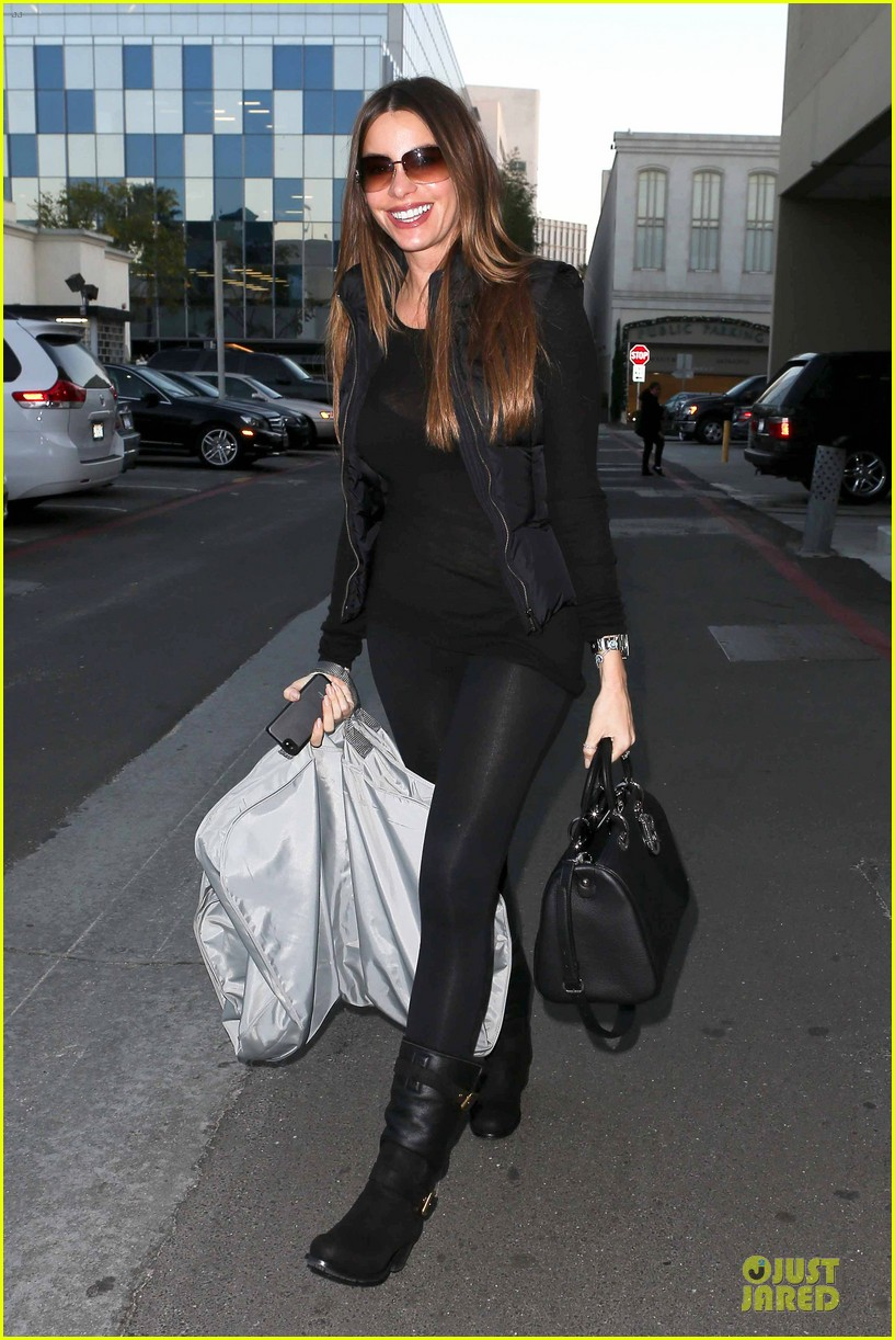 sofia vergara sheer garment carrying gal 06
