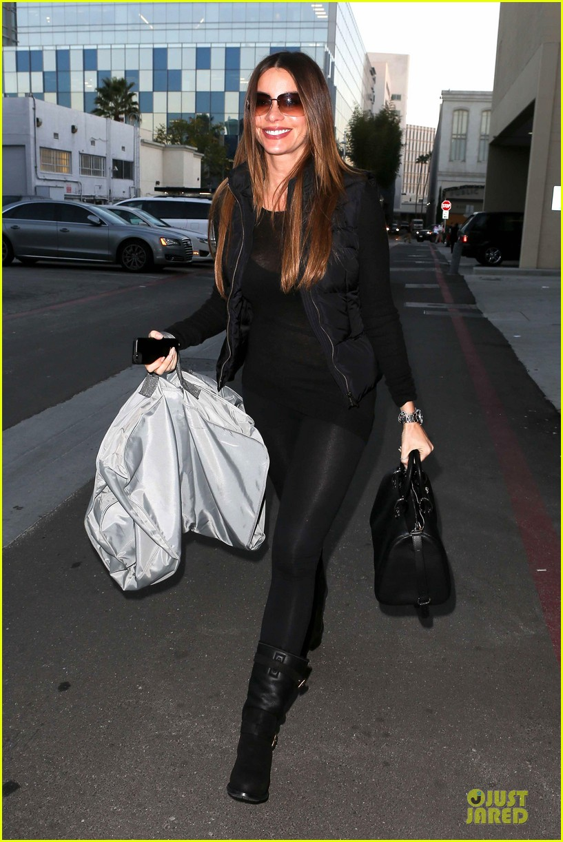 sofia vergara sheer garment carrying gal 07