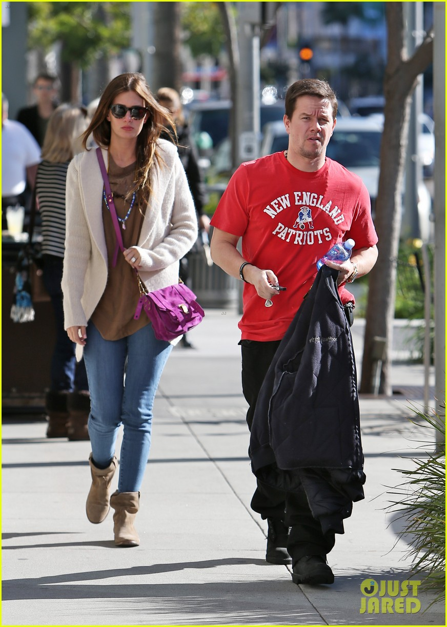 mark wahlberg jack and jills lunch with mark wahlberg 08