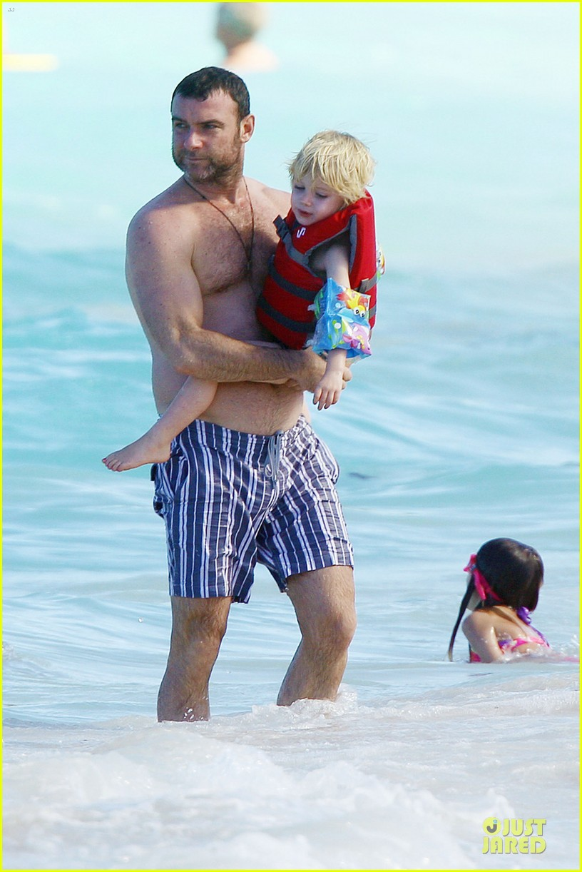 naomi watts st barths beach fun with shirtless liev schreiber 032782754