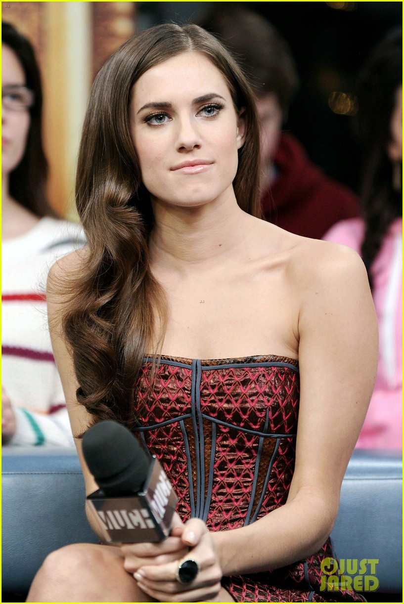 allison williams facts