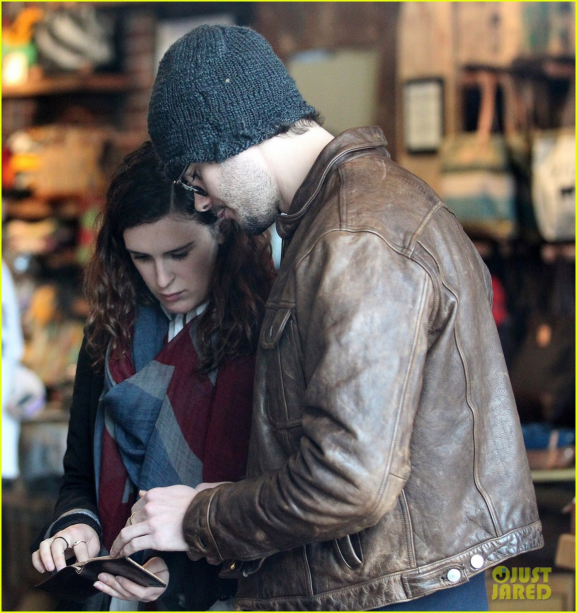 rumer willis jayson blair abbott kinney boulevard shoppers 14