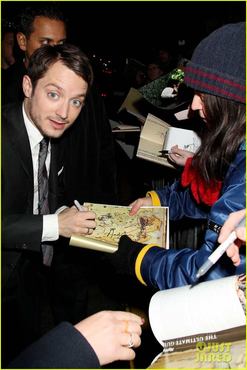 elijah wood liv tyler the hobbit new york premiere 08