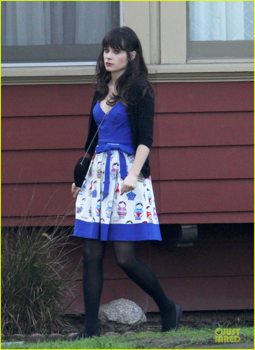zooey deschanel new girl set with jake johnson 05