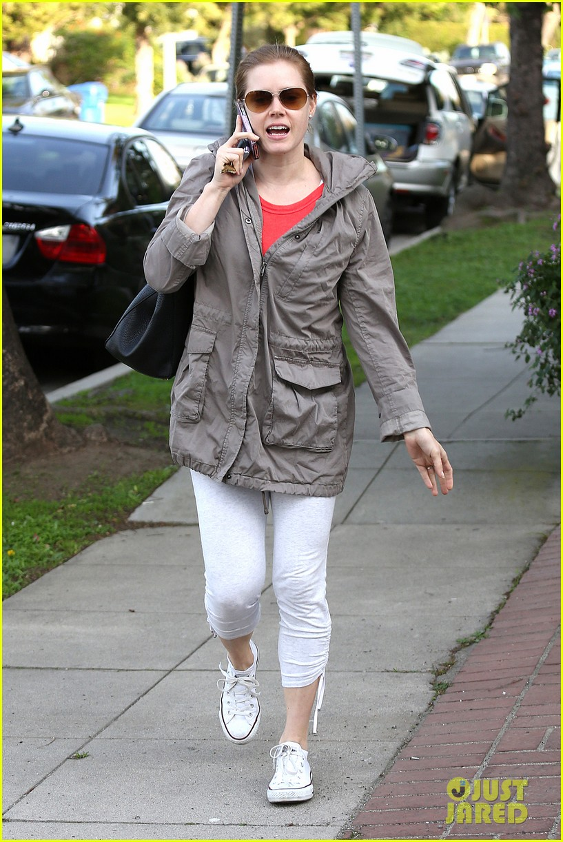 amy adams busy day in west hollywood 06