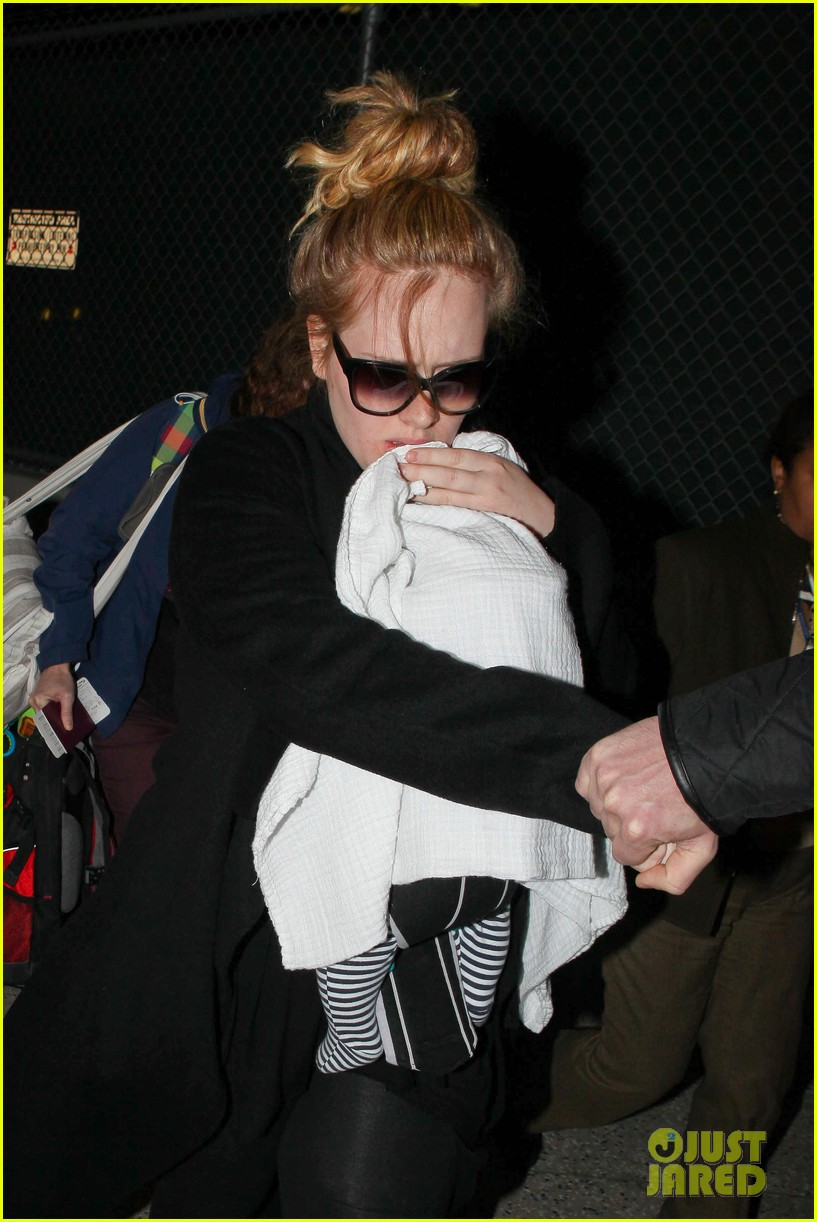 adele baby land in los angeles for golden globes 222788781