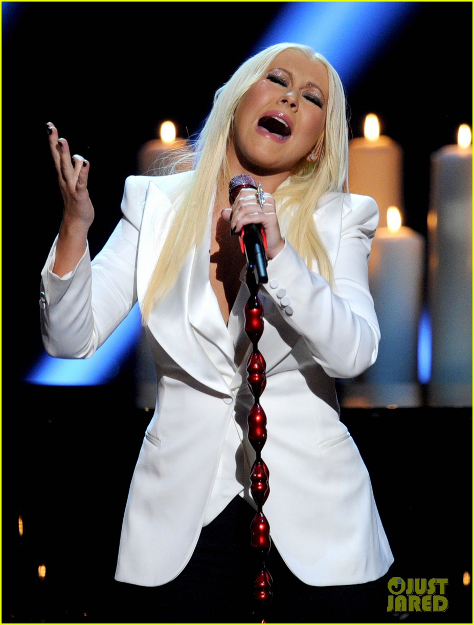 christina aguilera peoples choice 2013 10