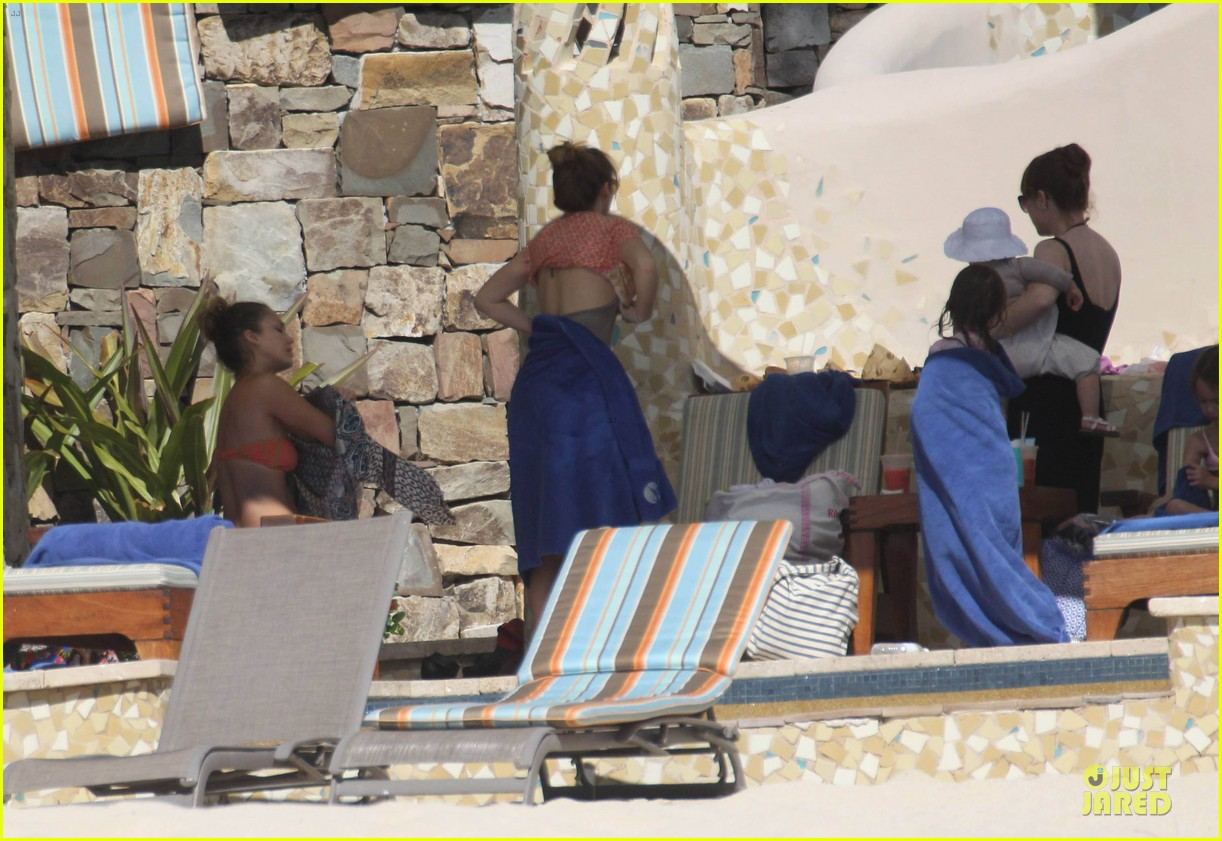 jessica alba bikini vacation in cabo san lucas 112784045