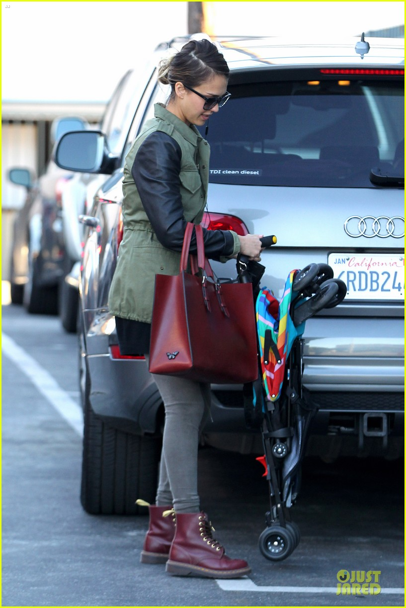 jessica alba fabric shopping with haven 18