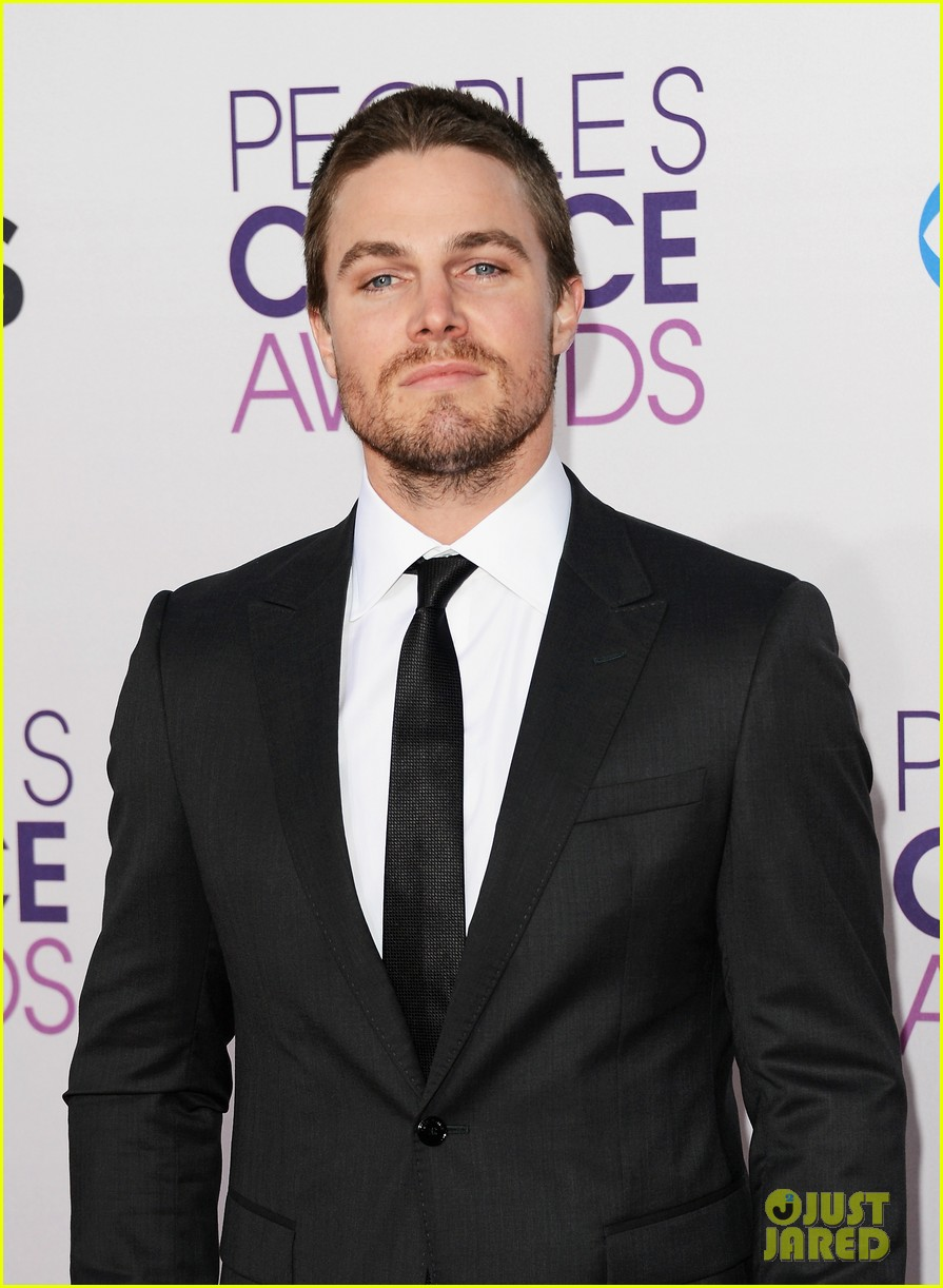 stephen amell jd pardo peoples choice awards 2013 09