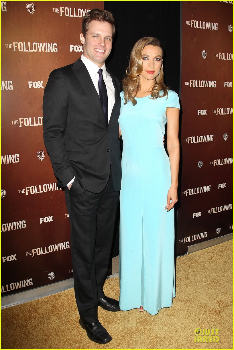 kevin bacon nico tortorella the following premiere 052794543