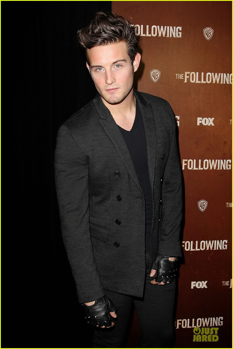 kevin bacon nico tortorella the following premiere 09