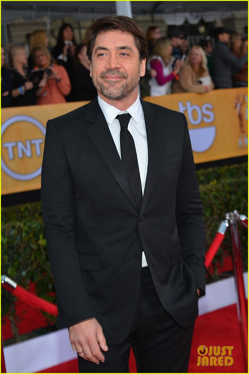 javier bardem helen hunt sag awards 2013 red carpet 06