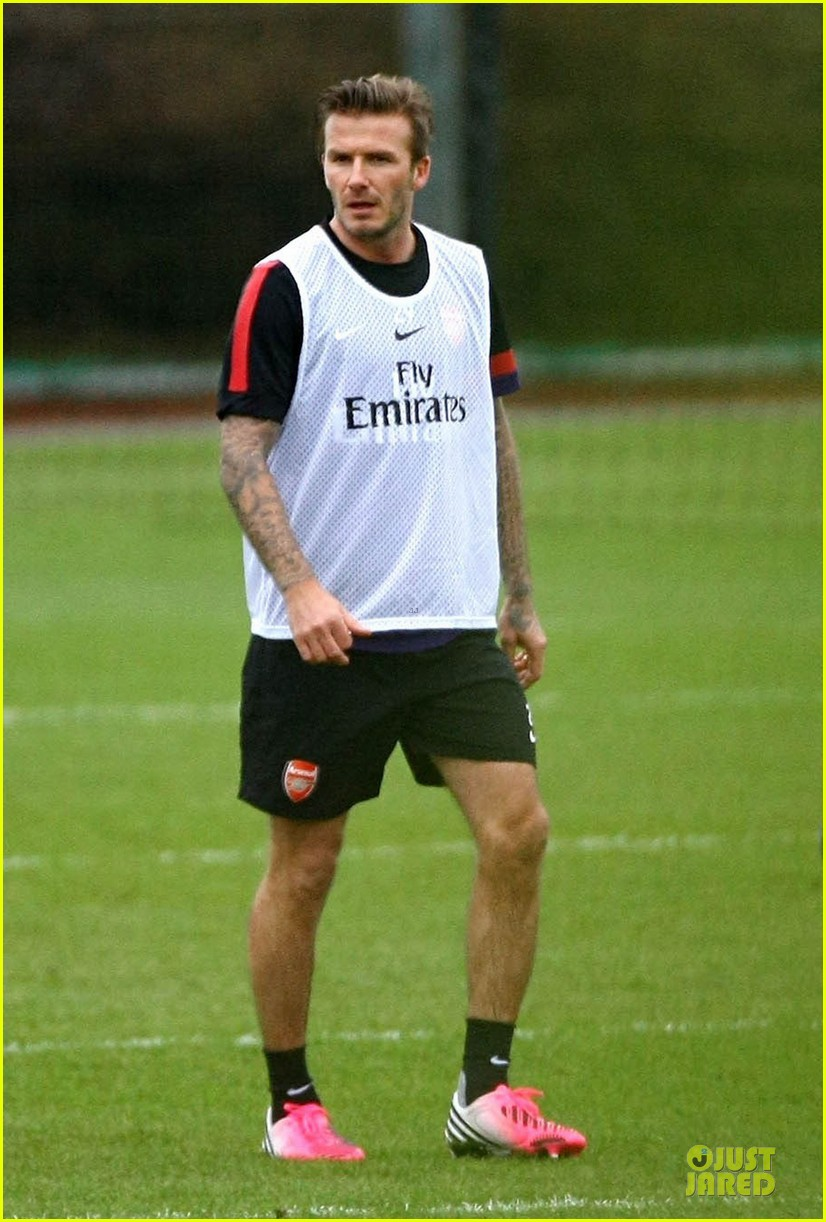 david beckham fitness workout at arsenal fc training center 052801059