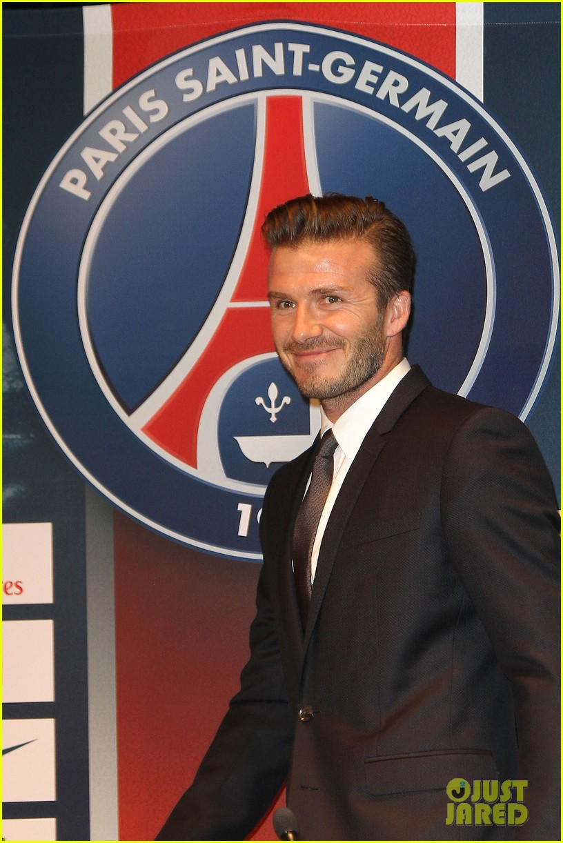 david beckham joins paris st germain soccer team 01