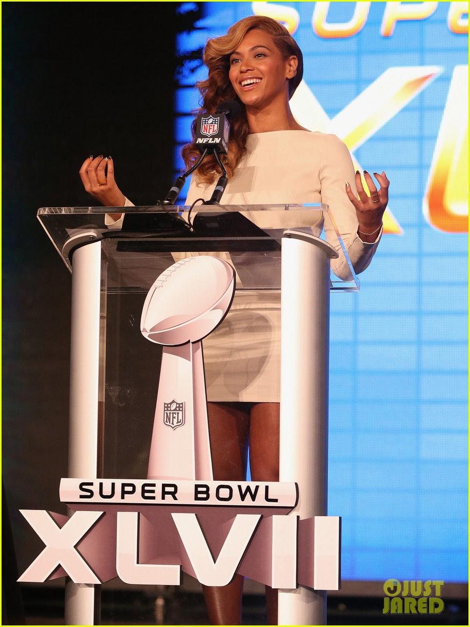 beyonce national anthem live at super bowl press conference 15