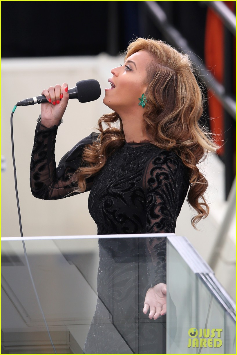 beyonce national anthem inauguration performance watch now 09