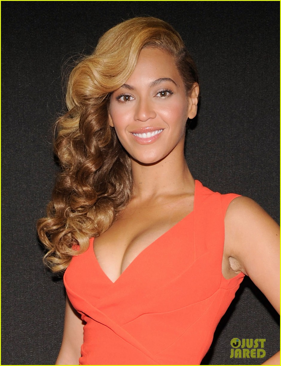 beyonce press conference complete video backstage pics 02