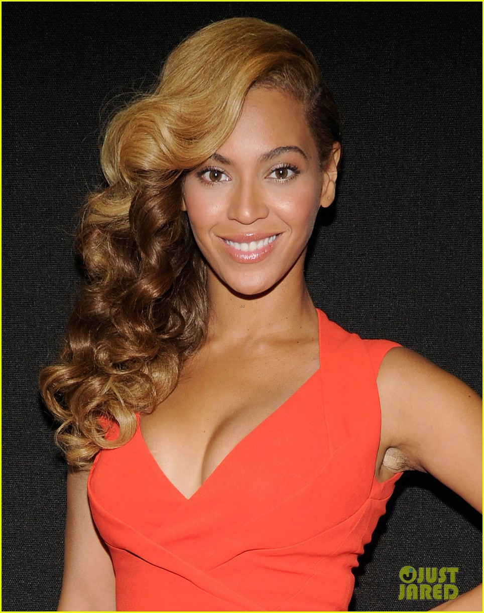 beyonce press conference complete video backstage pics 04