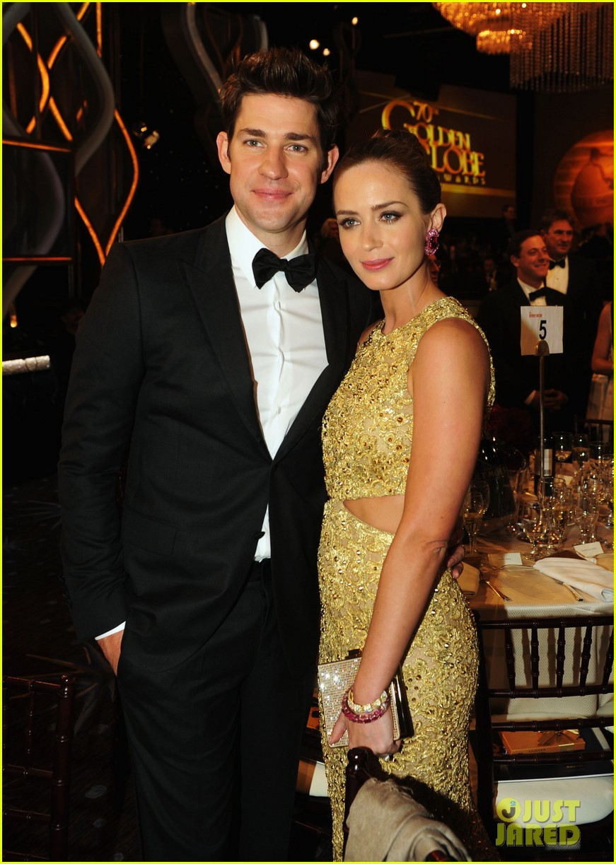 blunt krasinski golden globes 02