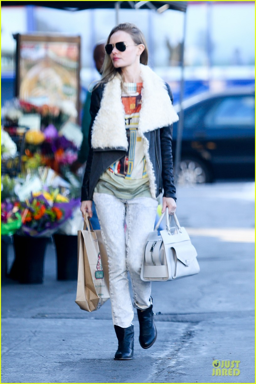 kate bosworth bristol farms grocery gal 07