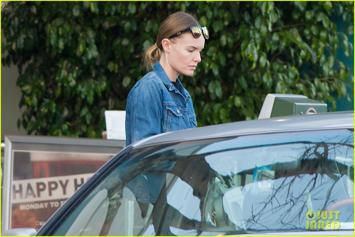 kate bosworth nail salon stop 052795831