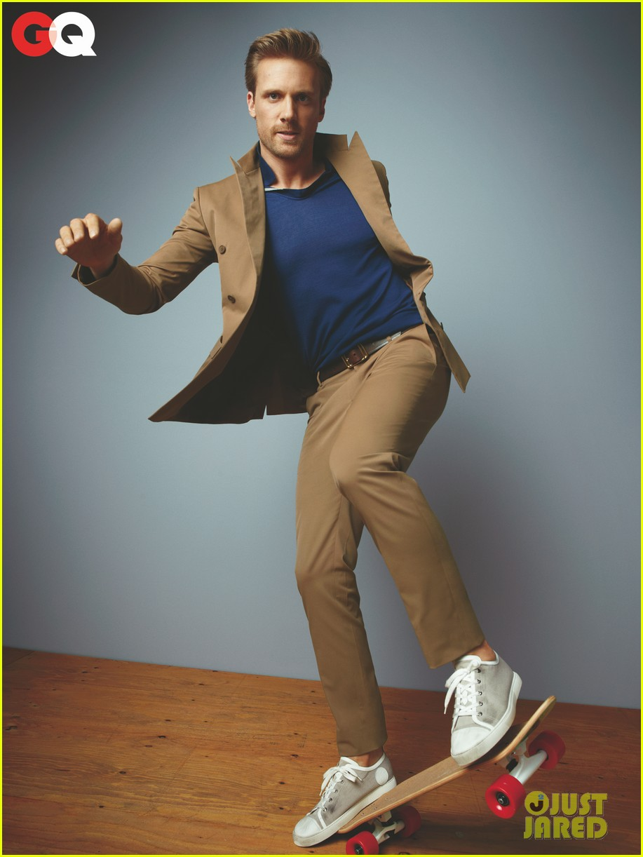josh bowman gq tv rising stars fashion spread 03