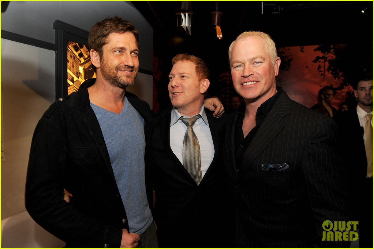 gerard butler movie 43 after party 02