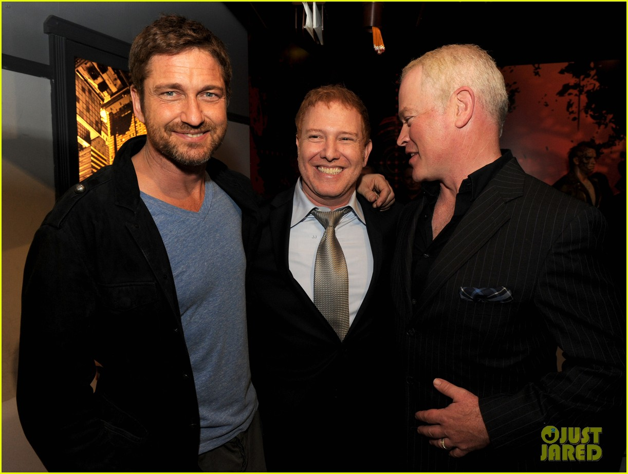 gerard butler movie 43 after party 09