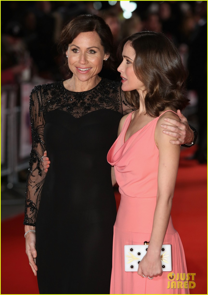 rose byrne i give it a year european premiere 02