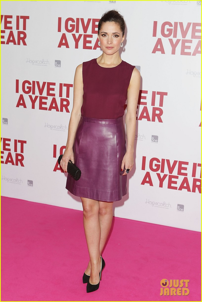 rose byrne i give it a year sydney premiere 03