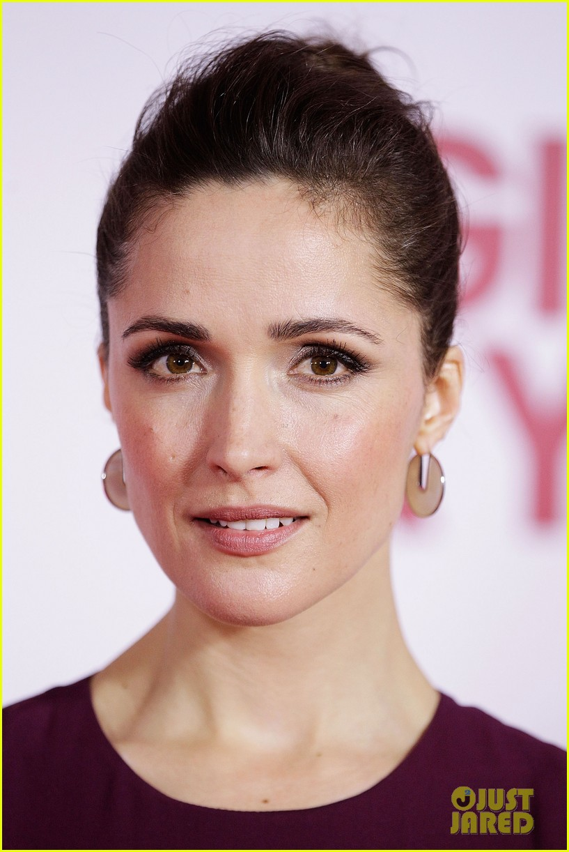 rose byrne i give it a year sydney premiere 06
